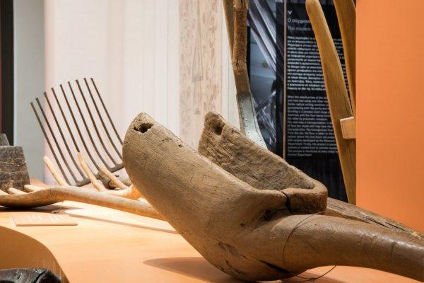 παραδοσιακά εργαλεία